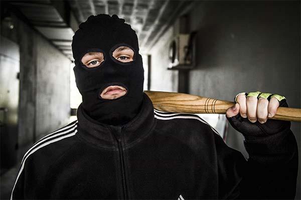 Сонник бандити: до чого сняться і що означають сни про бандитів