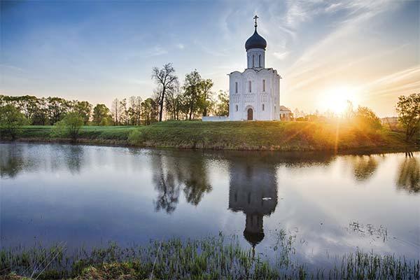 Сонник церква: до чого сниться і що означає сон про церкву