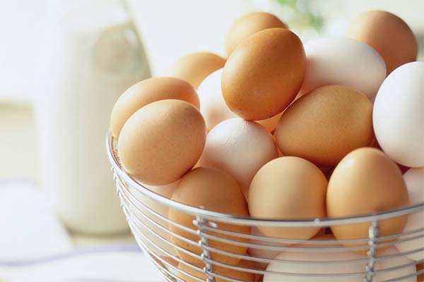 Сонник яйця: до чого сняться і що означають сни про яйця