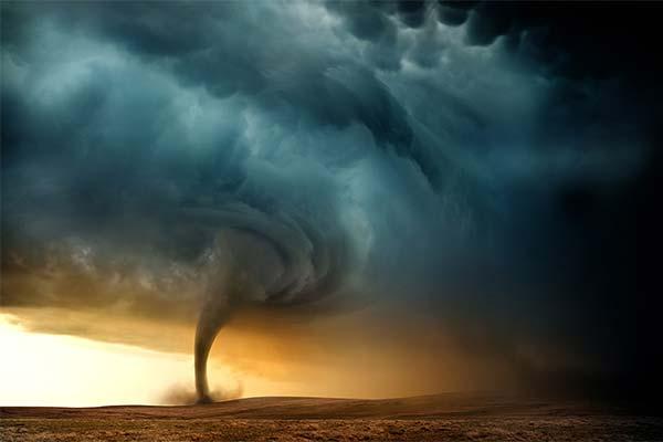Сонник ураган: до чого сниться і що означає сон про ураган