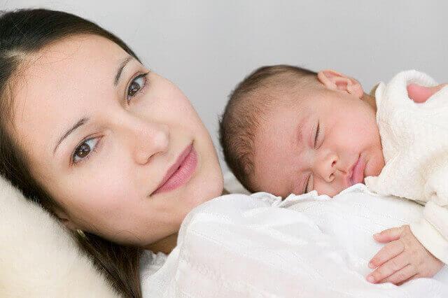 Перші дні життя новонародженого 48e264222b0bd