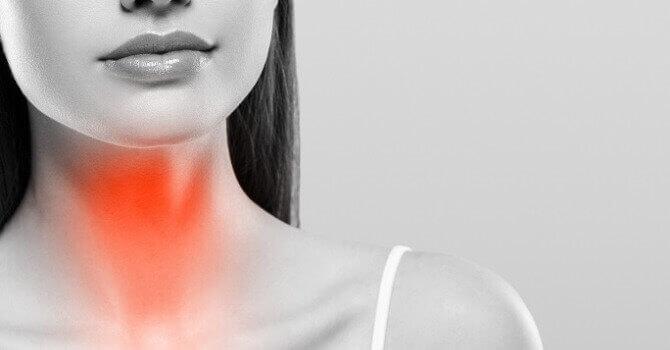 Чому болить горло?
