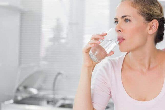 Дієта на воді на 3 дні і 7 днів