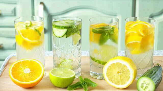 Як пити воду, щоб схуднути