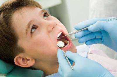 Що робити, якщо дитина боїться йти до стоматолога