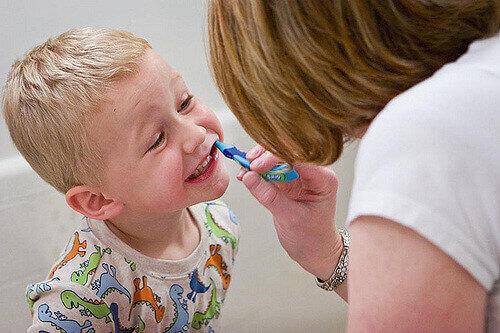 Дитина боїться стоматолога