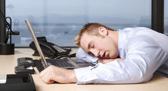 Весь час хочеться спати через перевтому