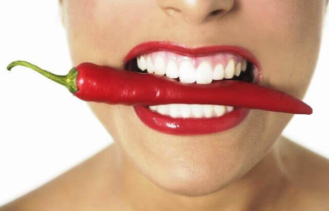 Гіркота в роті після їжі: причини і лікування