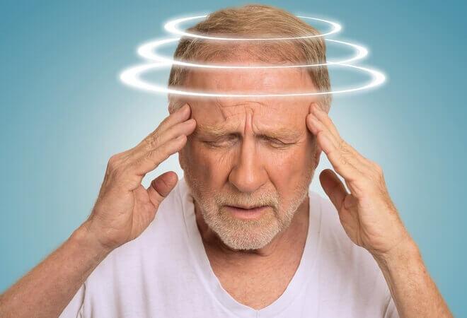 Що робити коли паморочиться голова після інсульту