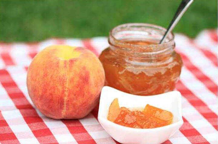 Чим корисні персики? Користь і шкода