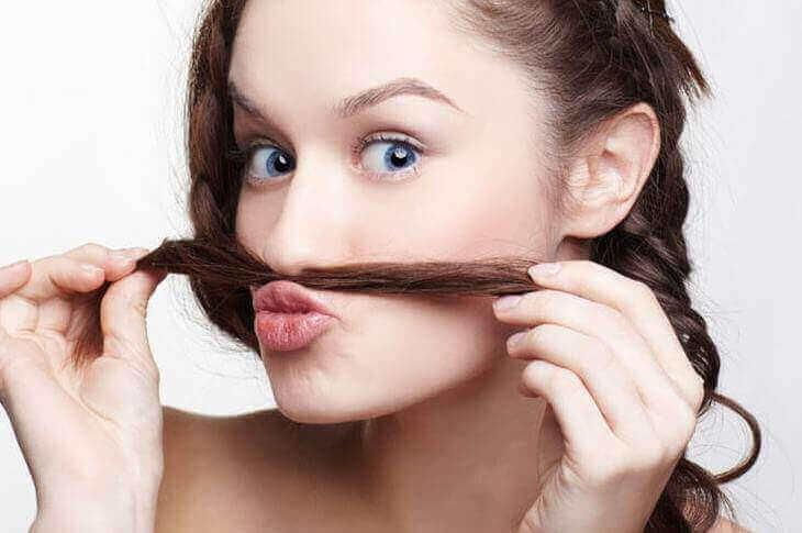 Як позбутися від волосся на обличчі назавжди