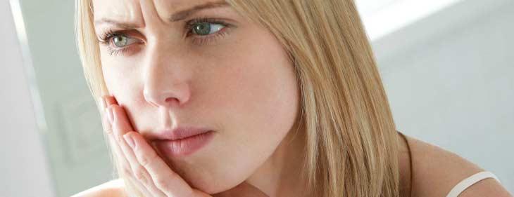 Як в домашніх умовах заспокоїти зубний нерв?