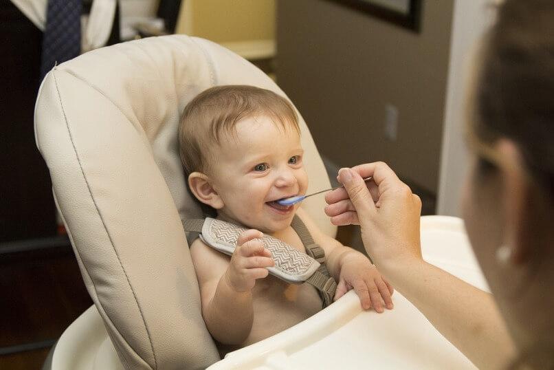 Правильный выбор каши для первого прикорма – залог здоровья малыша