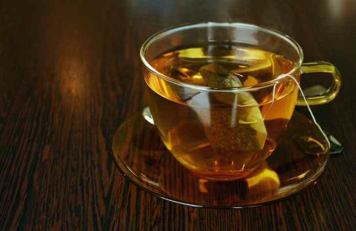 Причини, за якими не можна пити вчорашній чай