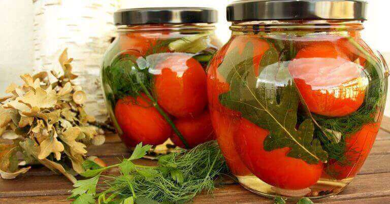 Рецепти консервування помідорів на зиму