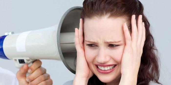 Шум у вухах (шум у голові)
