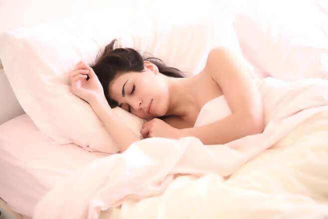 Скільки потрібно спати? - Читайте 5 пунктів