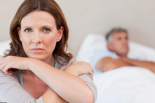 Клімакс у жінки: симптоми, лікування