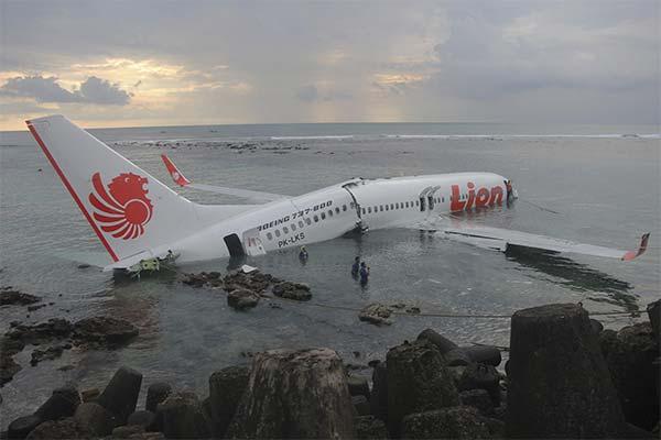 Сонник авіакатастрофа: до чого сниться і що означає сон про авіакатастрофу