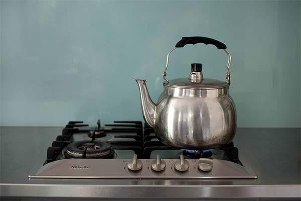 Сонник чайник: до чого сниться і що означає сон про чайник