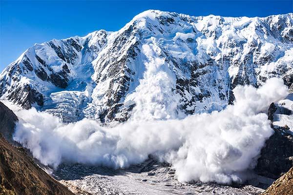 Сонник лавина: до чого сниться і що означає сон про лавину