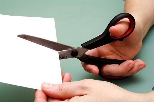 Сонник ножиці: до чого сняться і що означають сни про ножиці