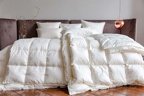 Сонник ковдру: до чого сниться і що означає сон про ковдру