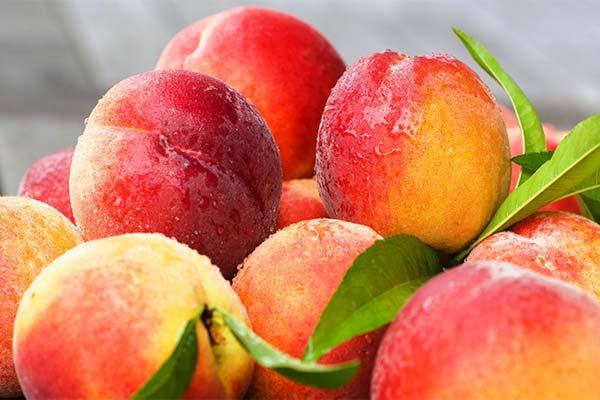 Сонник персики: до чого сняться і що означають сни про персики
