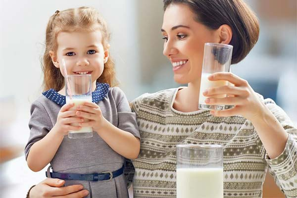 Сонник пити молоко: до чого сниться і що означає сон про питво молока
