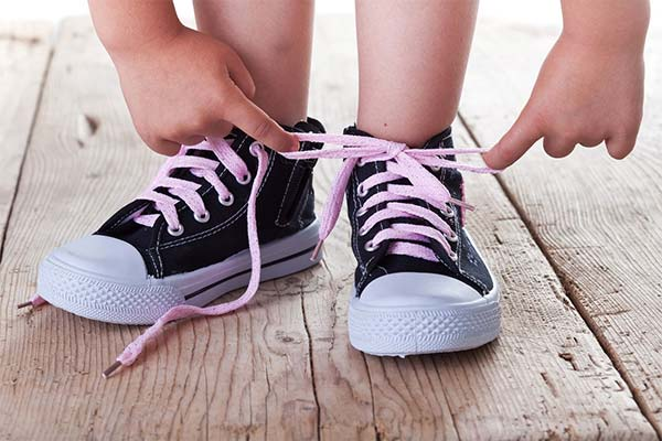 Сонник зав'язувати шнурки: до чого сниться і що означає сон про зав'язування шнурків