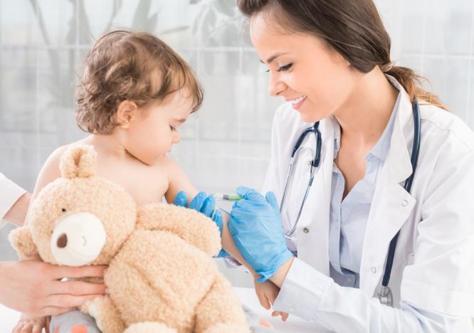 Можно ли делать вакцинацию детей в период карантина