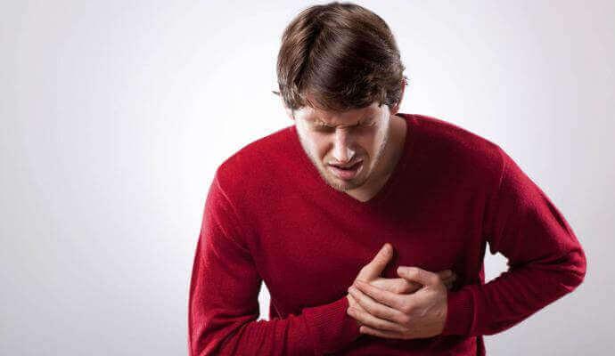 Біль в області серця симптоми у жінок, чоловіків