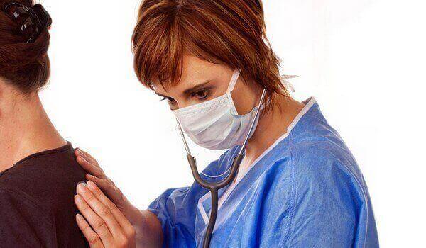 Бронхіт у дорослих: симптоми причини, лікування