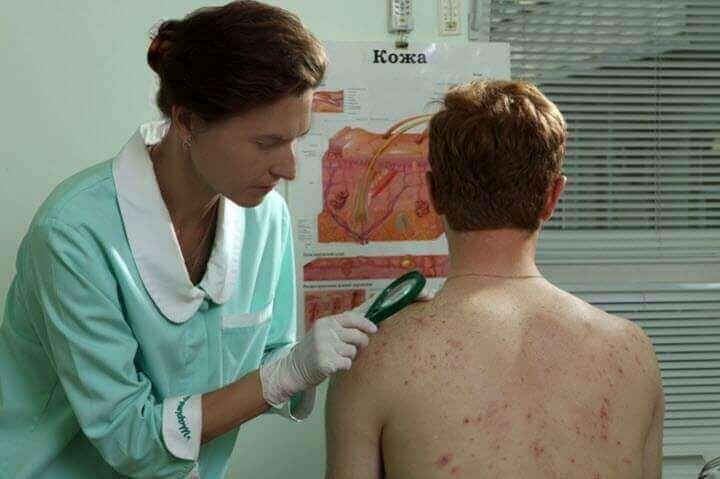 Фолікуліт - запалення волосяного фолікула. Як виглядає, причини та симптоми