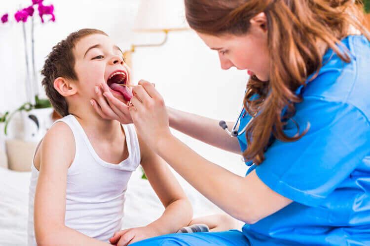 Ларингіт: лікування і симптоми у дітей