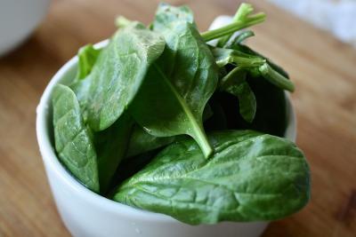 Корисні властивості шпинату